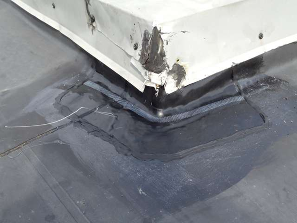 Rubber Roof Repair and Seal